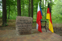 The renovated obelisk laid in commemoration of the forest supervisor, Otto Mülsch, who took care of the Oderwald in the vicinity of Krępa in the years 1900 -1920